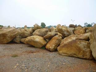 黄蜡石 黄石 驳岸石 塑石大小规格齐全-资材供应 - 中国园林资材网